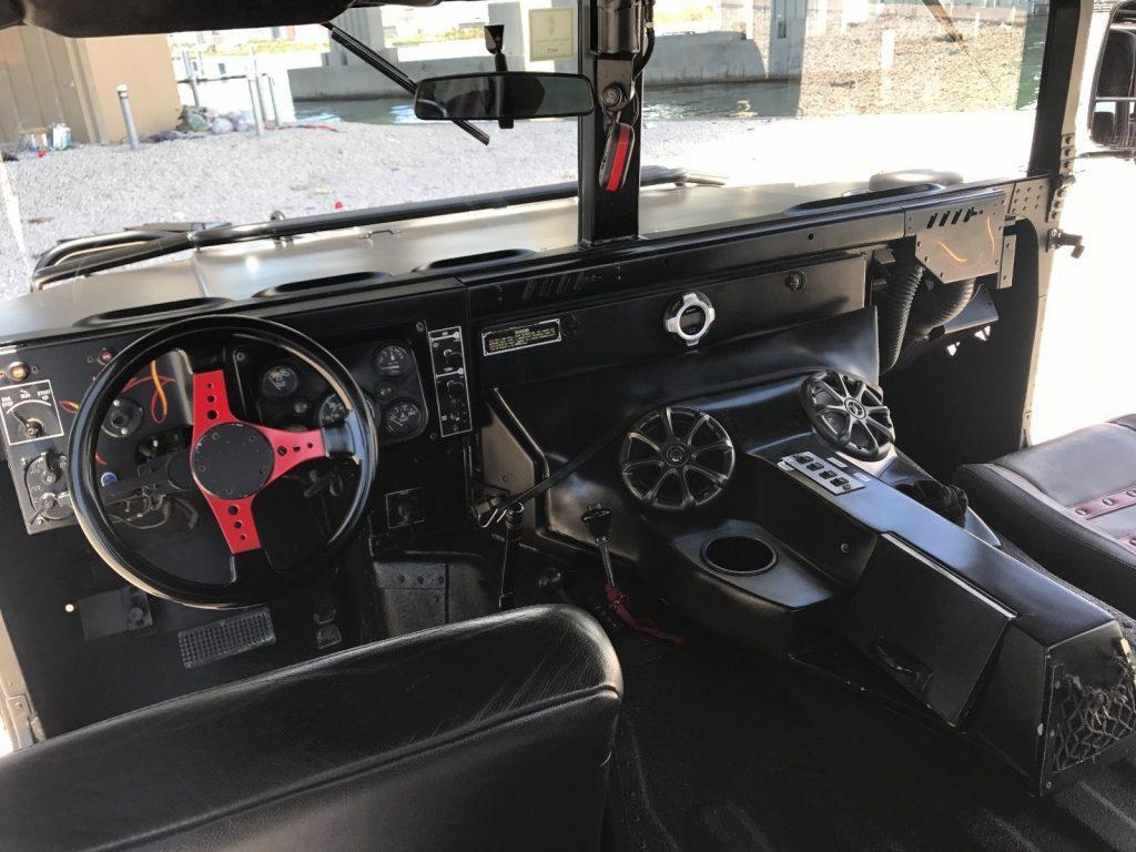 custom 1986 AM General Humvee