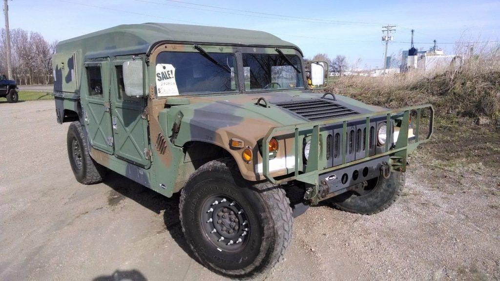 former army vehicle 1990 AM General Humvee military