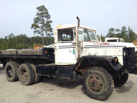 complete 1971 Kaiser 2.5 ton Duece and a half 6×6 Military Truck for sale