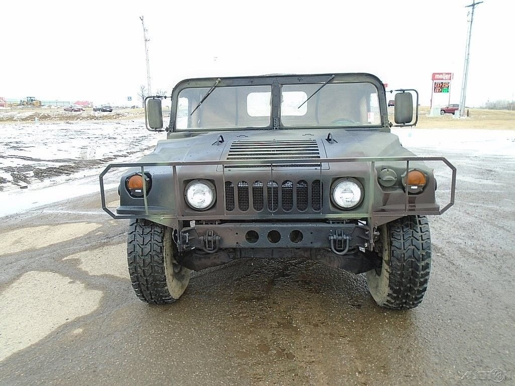 good shape 1988 AM General M998 HMMWV