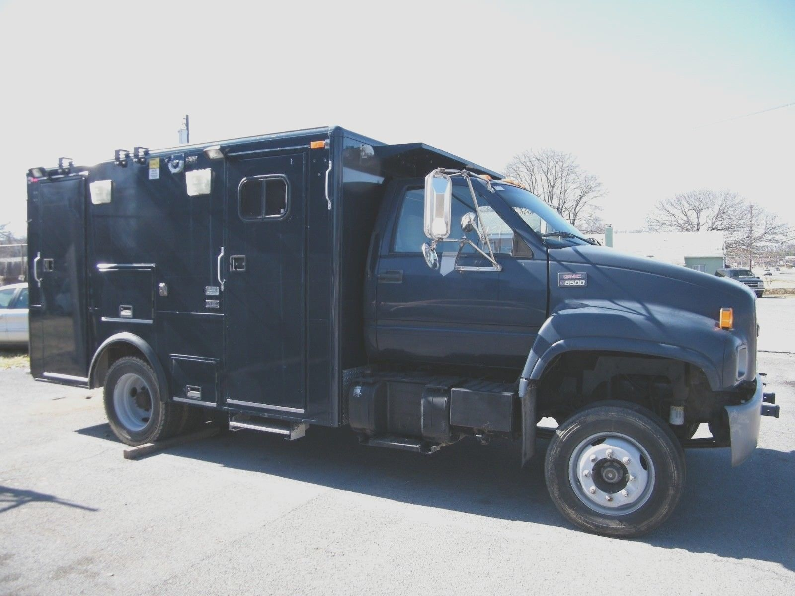 "special 2002 GMC C6500 ""weapons Mass Destruction Support Command Suite"" FBI / CIA Truck for sale"