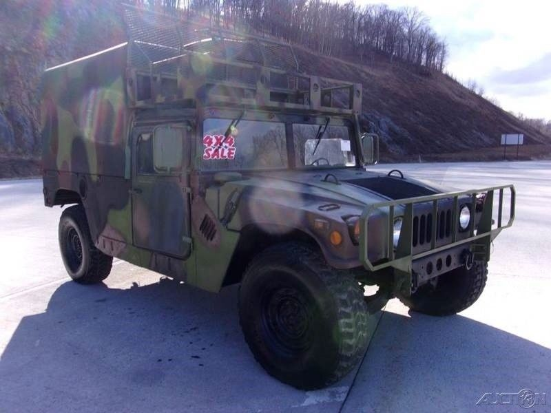 low miles 1989 AM General Hummer M998 military