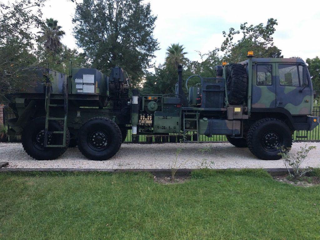 serviced wrecker 1993 Stewart & Stevenson LMTV military
