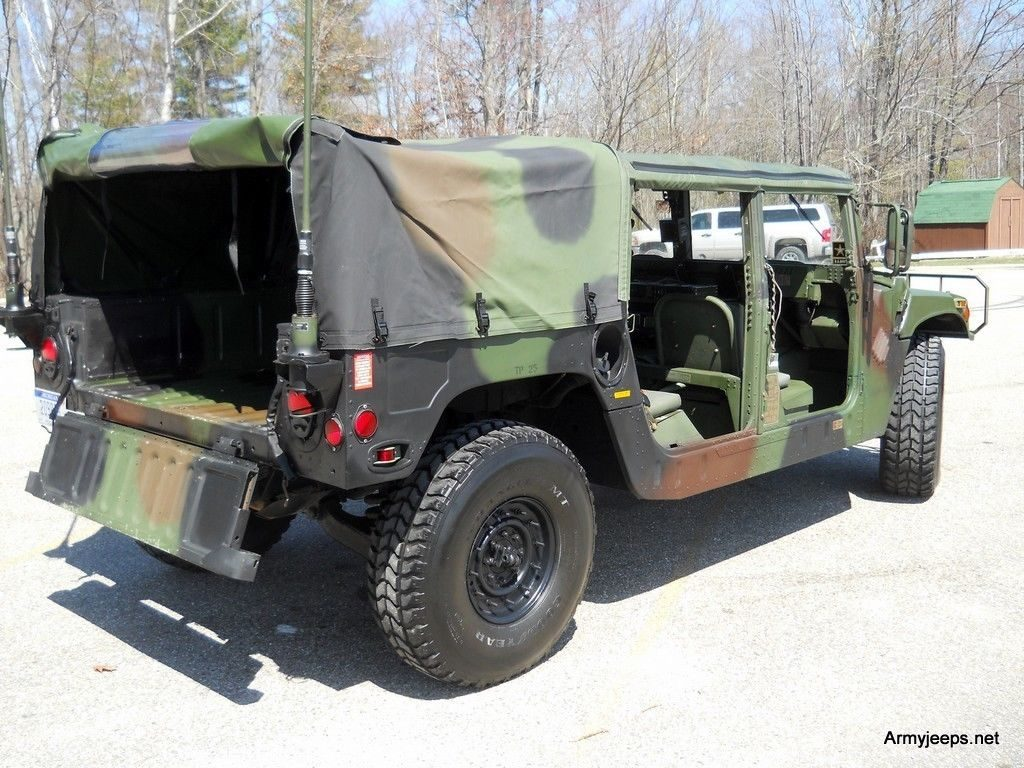 Extra parts 1985 Hummer H1 M 998 military