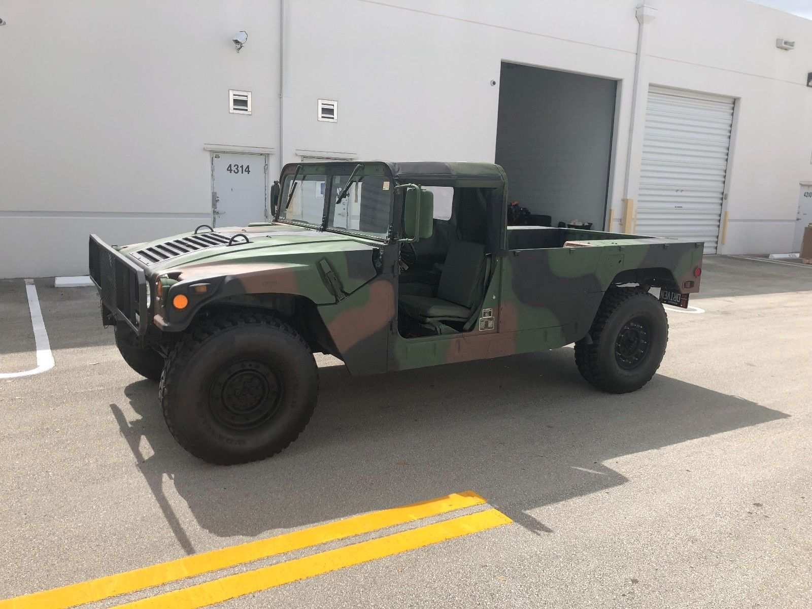 Upgraded 1986 AM General Humvee M998 Pickup military for sale