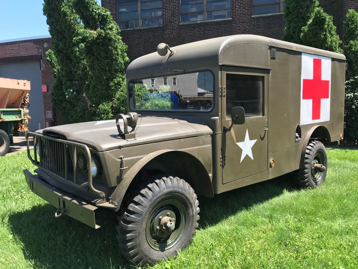 completely serviced 1968 Kaiser Jeep M715 with Ambulance military for sale
