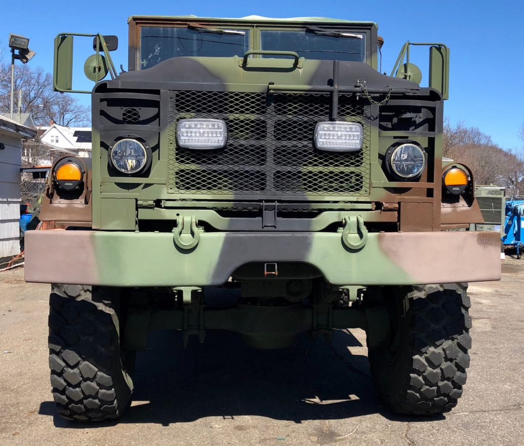 drives great 1990 BMY M931a2 6X6 Truck military