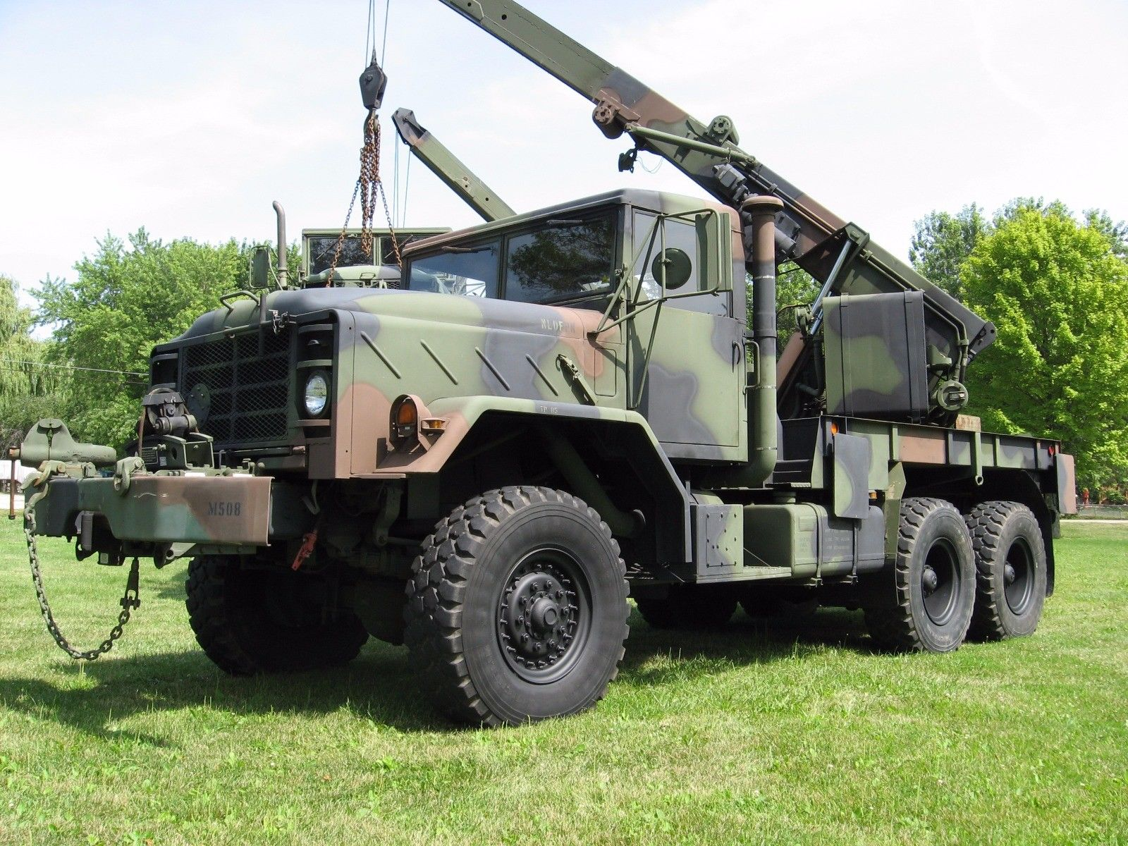 Ready for work 1991 AM General M936 Recovery Rotator 6×6 Tow Truck Wrecker Crane for sale