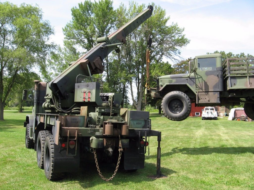 Ready for work 1991 AM General M936 Recovery Rotator 6×6 Tow Truck Wrecker Crane