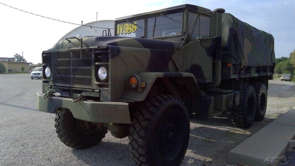 strong 1986 AM General M923 Cummins NHC 250 6 Cylinder military truck
