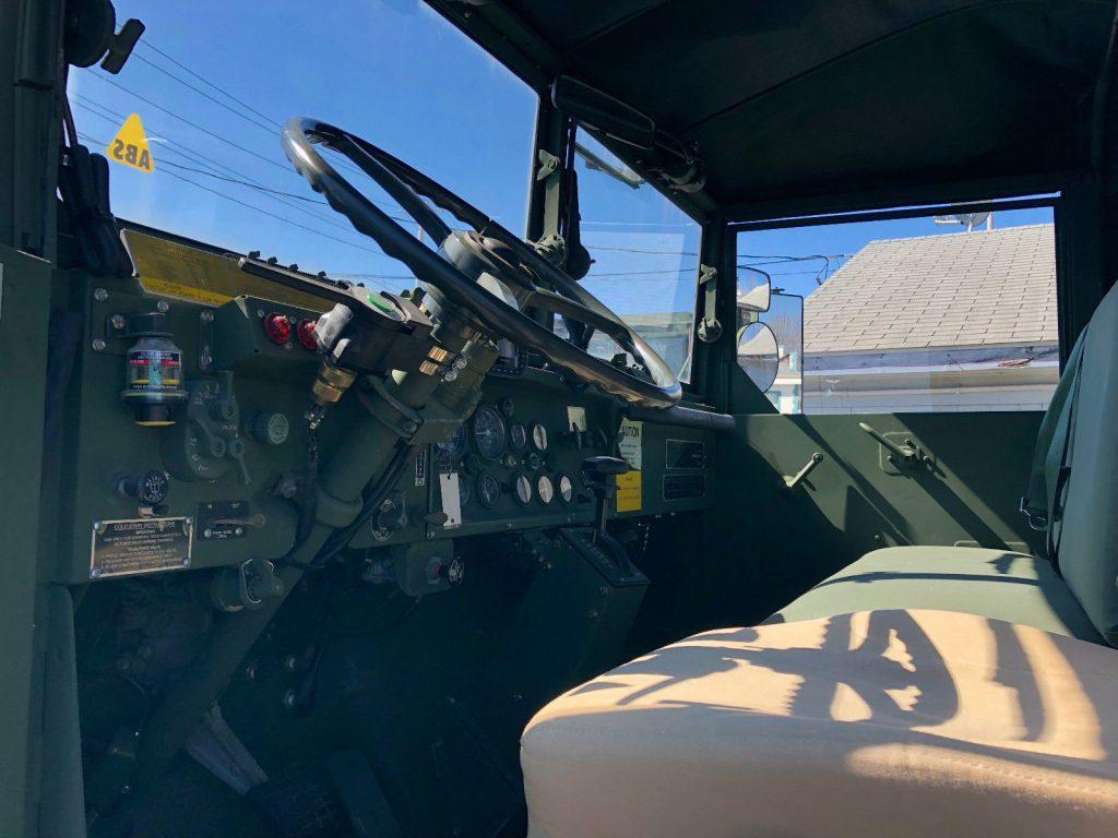 clean 1990 BMY M931a2 6X6 Military Truck