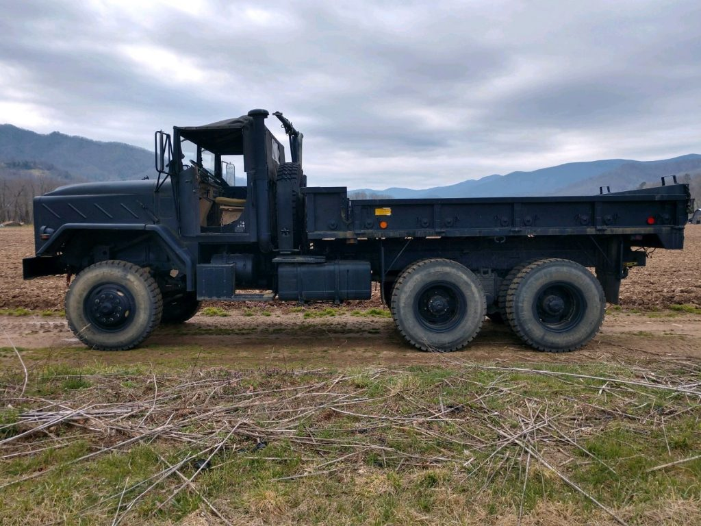 high water 1984 AM General 5 Ton 6X6 M923 military truck