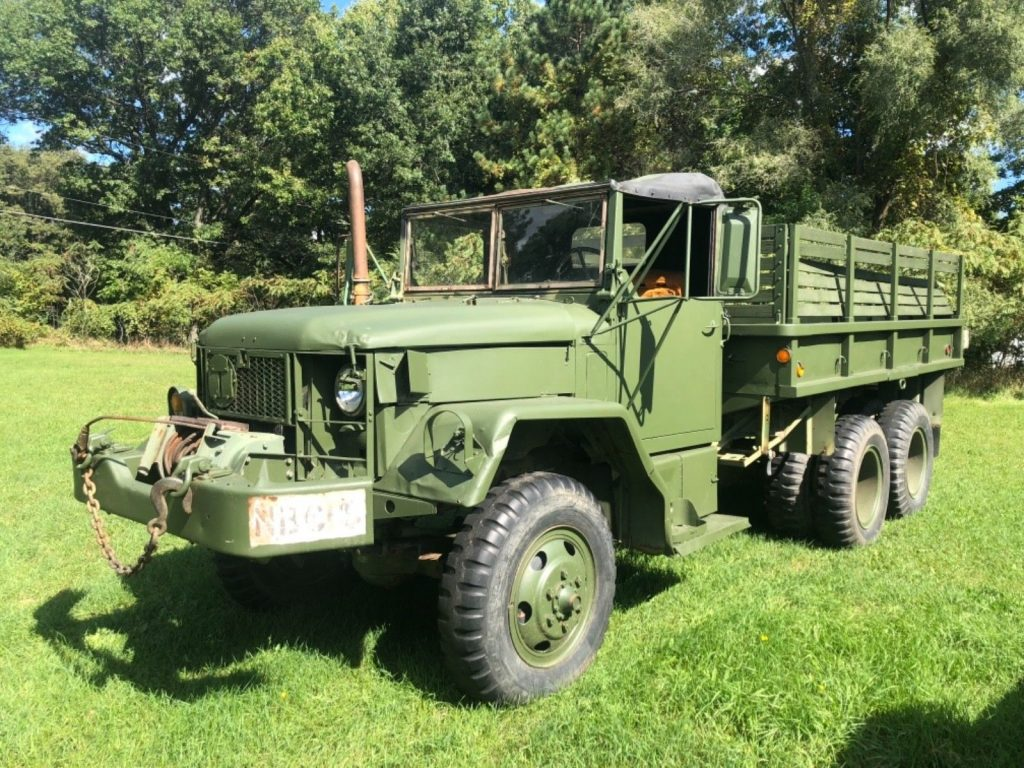 solid 1971 Kaiser Jeep M35a2 6×6 military truck for sale