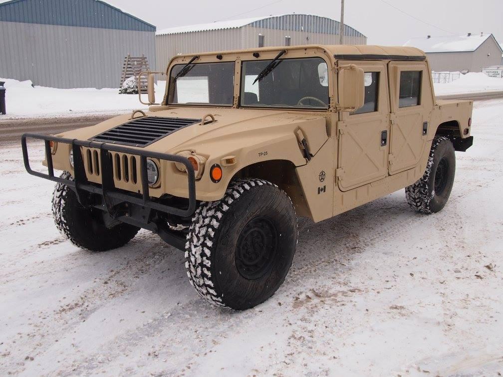 mint shape 1991 AM General HMMWV M 998 military