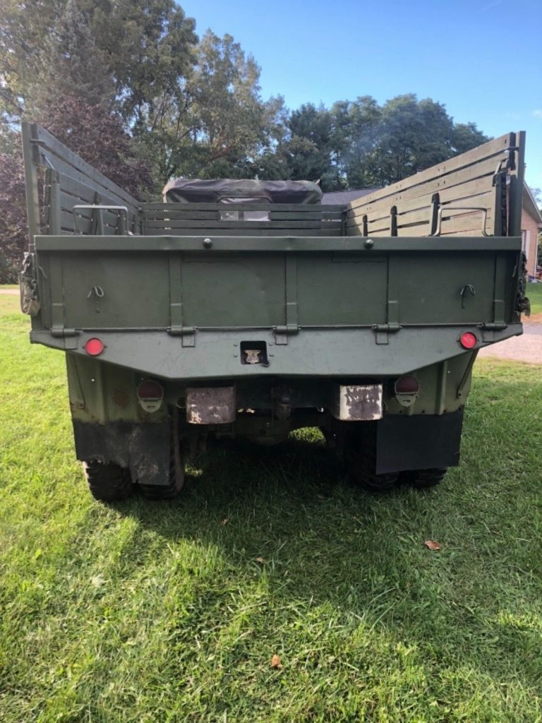 solid 1970 Kaiser Jeep M35a2 6×6 military