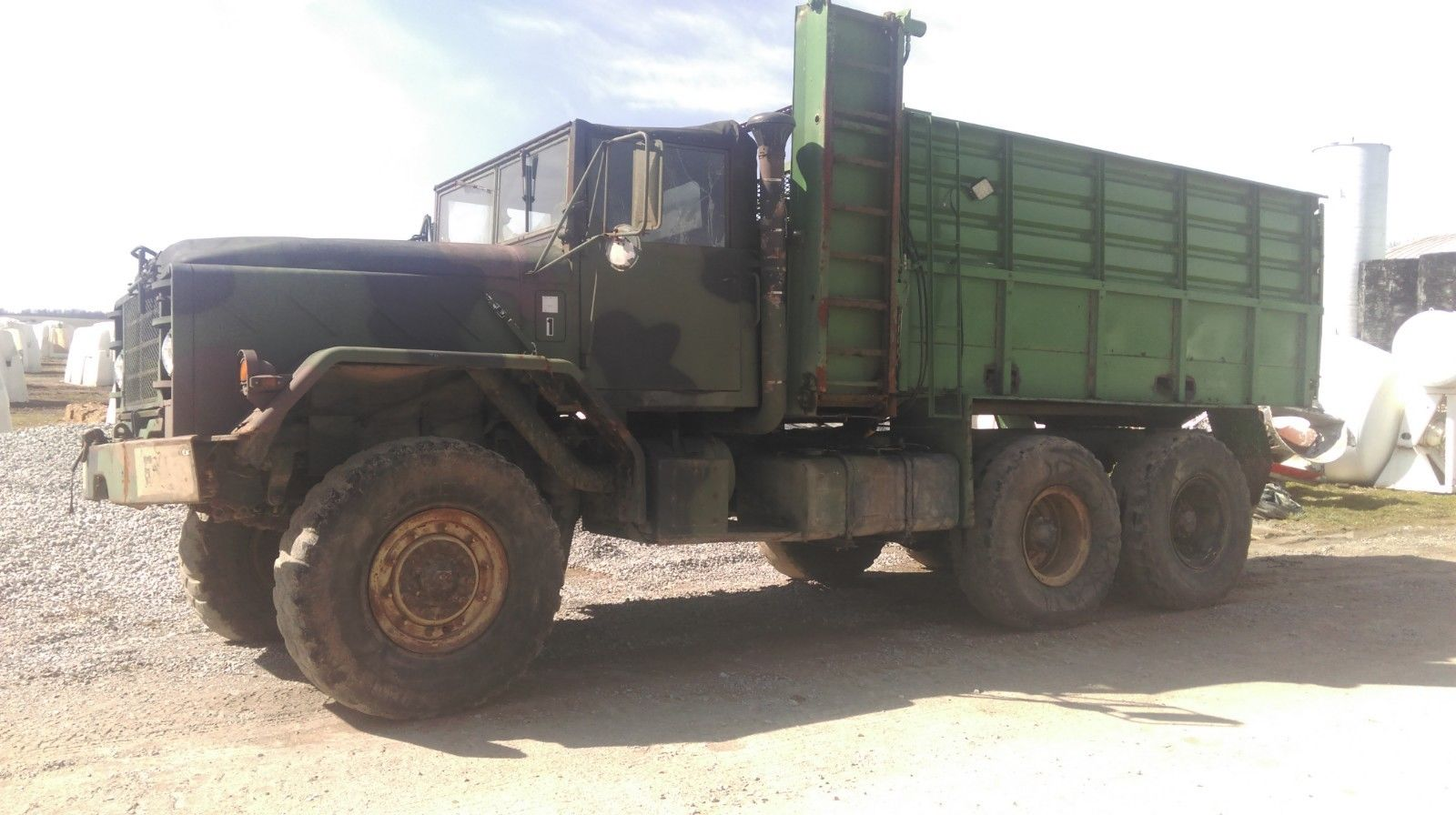 cattle feeder 1984 AM General M923A1 military