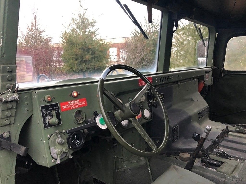 low miles 1998 Hmmwv M998 4×4 Military