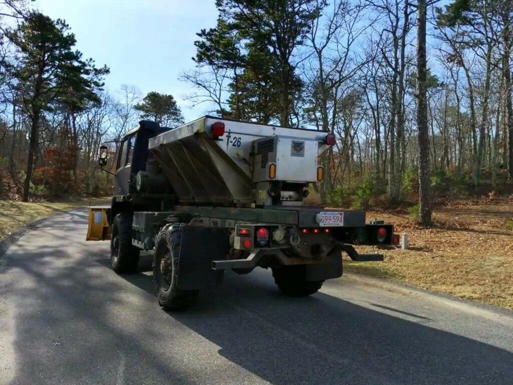low miles 1997 Stewart & Stevenson M1078 plow truck Military