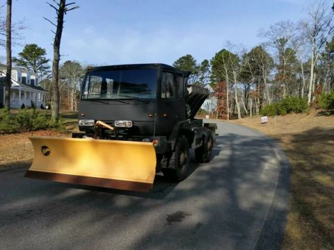low miles 1997 Stewart & Stevenson M1078 Army Plow Truck Military for sale