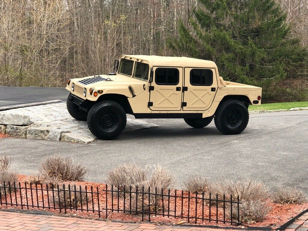 tons of new parts 1985 AM General M998 Humvee military for sale