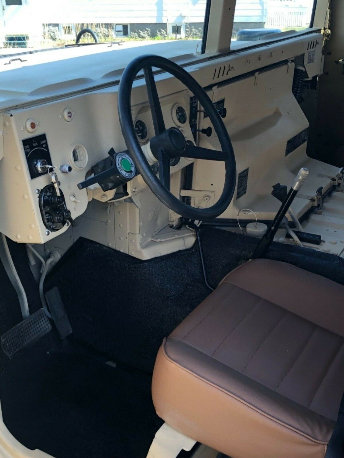 tons of new parts 1985 AM General M998 Humvee military