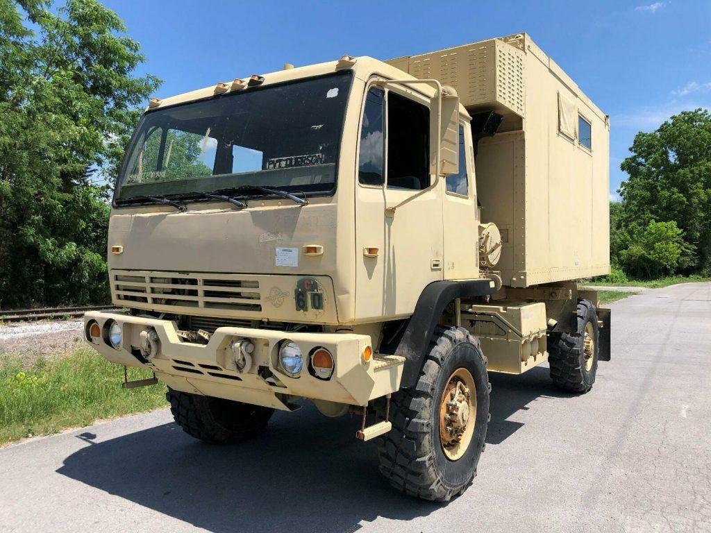 great running 2000 Stewart & Stevenson M1079a1 LMTV 4X4 Van military