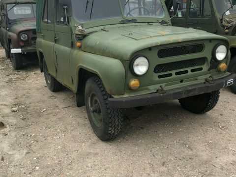 solid 1985 UAZ 469 military for sale