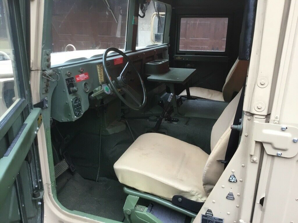 super clean 1987 AM General Humvee military