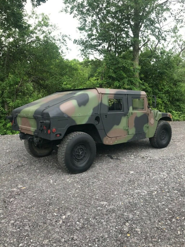new paint 1985 AM General Humvee military