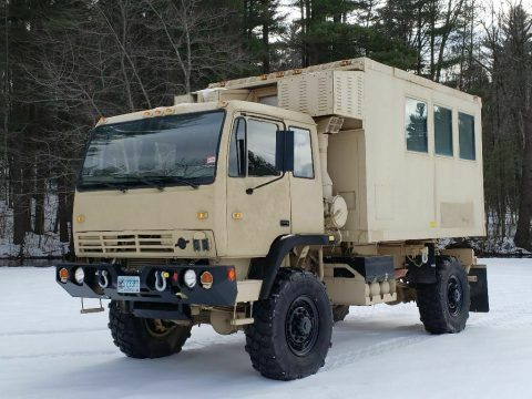 very low miles 1995 Stewart & Stevenson M1079 Camper/expeditionary military for sale