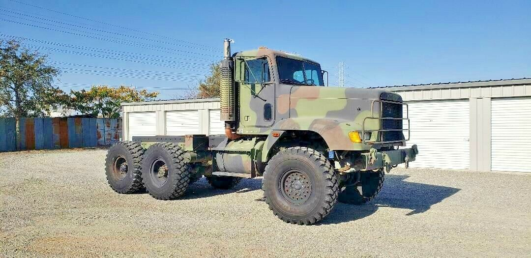 low miles 1993 Freightliner M916A1 military