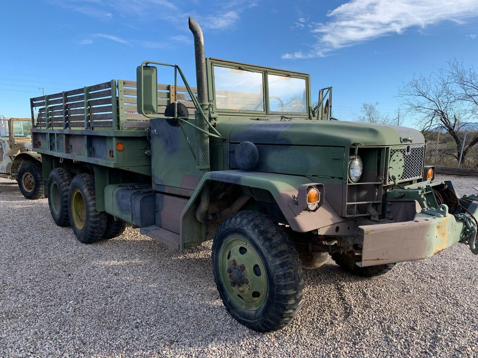 solid 1989 Kaiser M35A2 6×6 military