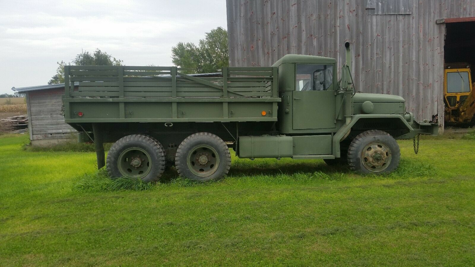 great running 1967 Kaiser 6×6 Deuce and a half Military