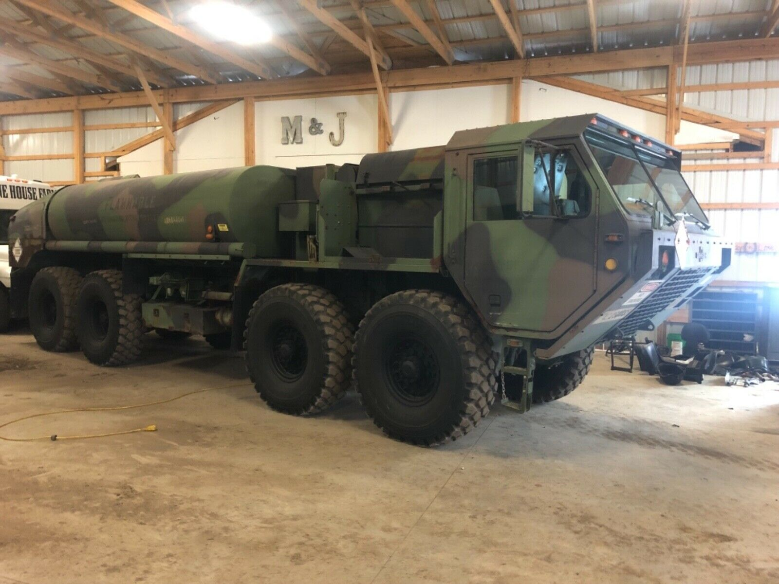 nice low miles 1995 Oshkosh M978 8×8 Tanker Truck Military for sale